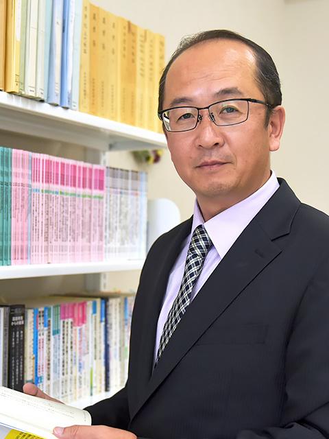 教育学部 子ども教育学科 教授 小林 康宏