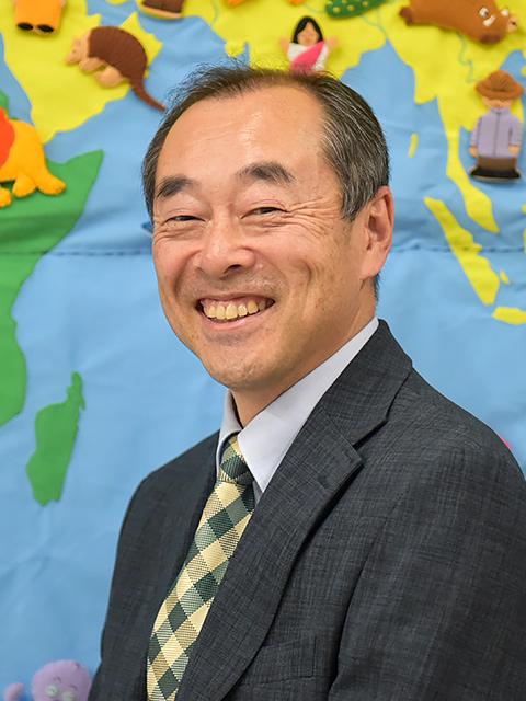 教育学部 子ども教育学科 准教授 辻 伸幸